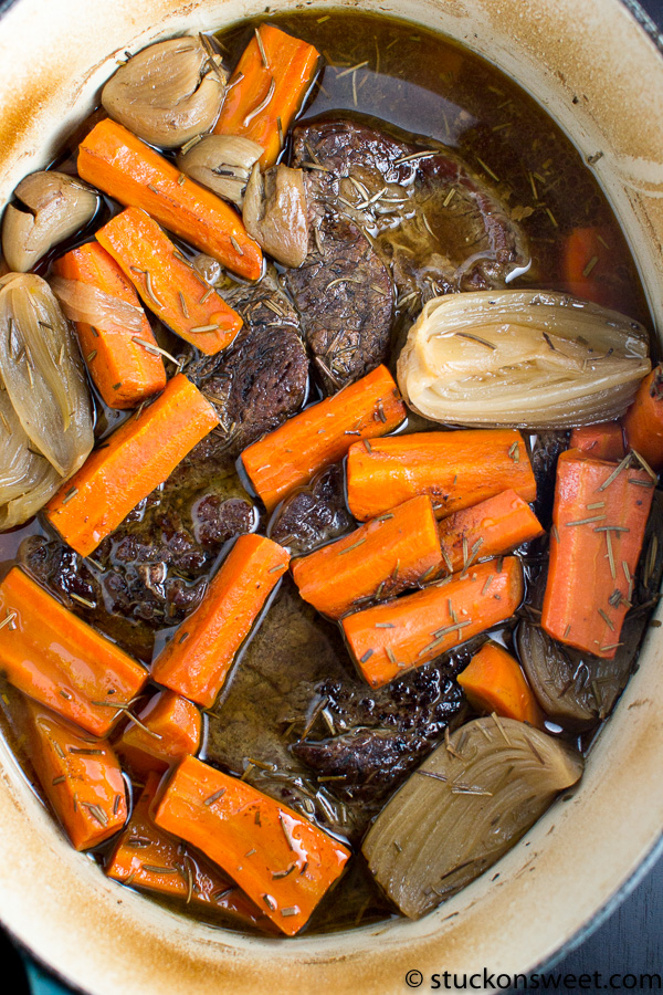 Gorgeous pot roast recipe - look how delicious!