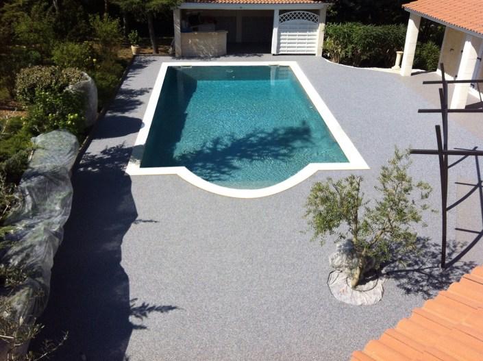plages piscine granulats couleur Bleu Turquin - 30100 Alès