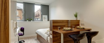 12-fresh-student-living-london-central-studios-ealing-03-studio-photo-02-990x411.jpg