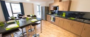 fresh-student-living-ipswich-athena-hall-02-shared-flat-living-area-photo-01-990x411.jpg