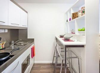 83_highbury-studio-kitchen.jpg