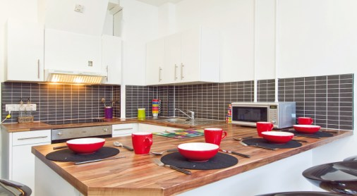 JCC-sharedflat-kitchen1.jpg