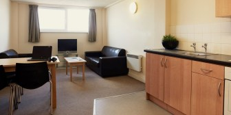 hayes-wharf_three-bed-cluster-kitchen-a17_rtc.jpg