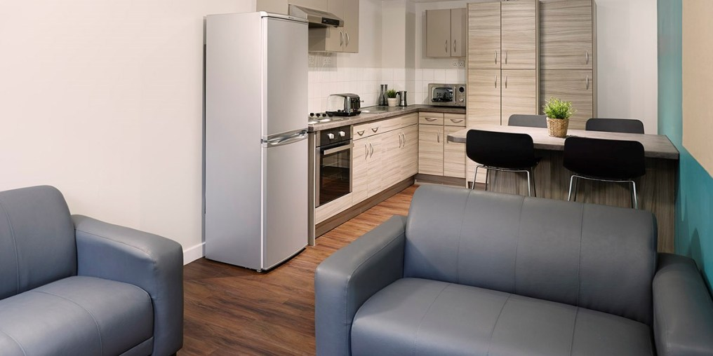 rooms_ah_refurbished_kitchen_rtc.jpg