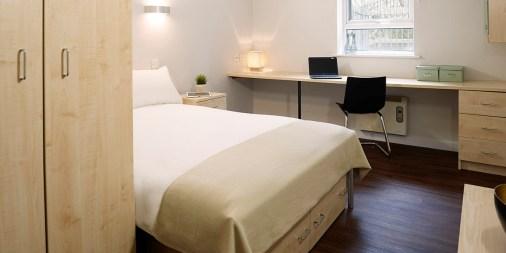 rooms_ah_silver_plus_ensuite_rtc.jpg