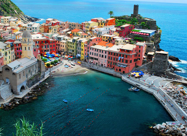 dove-vernazza-vernazza-cinque-terre-ligura-italy-why-americans-travel-there