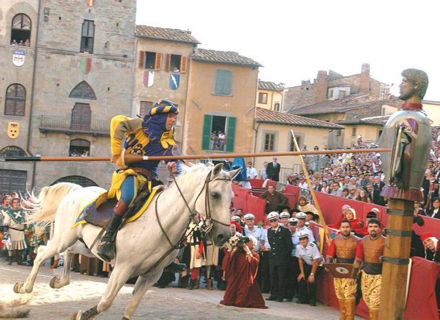 giostra-saracino-arezzo-travel-back-time