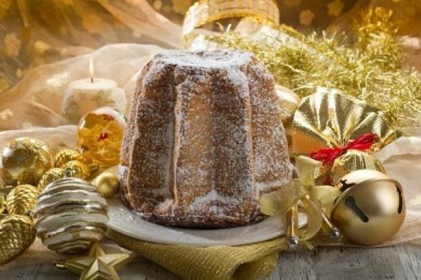 christmas-cake-battles-panettone-versus-pandoro