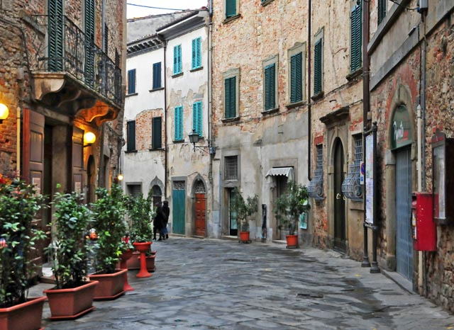 Learn-Italian-Italy-montepulciano-arezzo-language-immersion-small-group