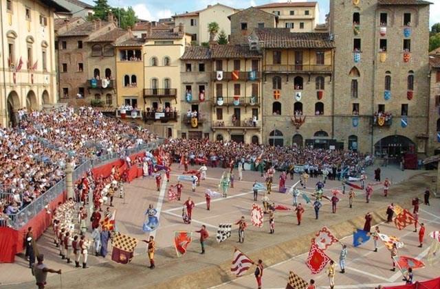 novita-news-regarding-2021-Studentessa-Matta-Arezzo-language-immersion-program