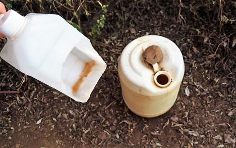 Pee equipment in compost toilet.