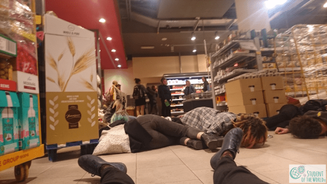 Die-in in Supermarket
