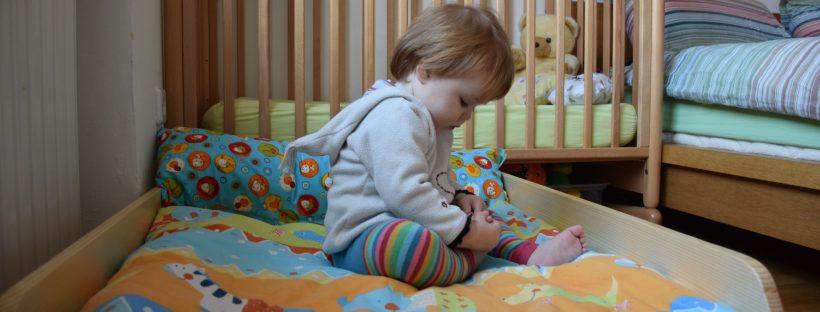 Montessori slovenska postelja