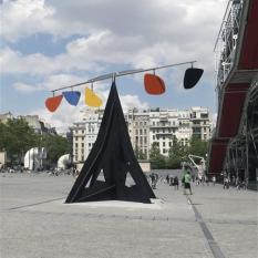 Alexander Calder, Horizontal Devant Musée national d'art moderne - Centre Georges Pompidou, Paris