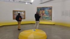L'Air du soir Henri-Edmond Cross (1856-1910) Vers 1893 Huile sur toile Paris, Musée d'Orsay Donation du Ginette Signac, 1976 Une fin d'après-midi dans le Sud de la France où vit et travaille Cross. La chaleur, qu'il redoute, la lumière, qui l'inspire, s'apaisent, offrant un instant de sérénité et d'éternité. Ce tableau est exposé à la IIIe exposition du groupe néo-impressionniste de 1894, puis donné au peintre Signac qui l'accroche dans sa salle à manger. C'est là que Matisse le découvre ; il s'en inspire dans le fameux Luxe, calme et volupté.