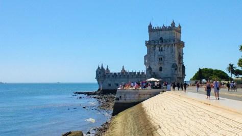 Petit détour par la Tour de Belém pour vous montrer à quoi peut ressembler le style Manuélin.