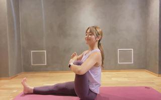 あぐらが組めない、股関節につまりを感じる方へ。簡単に座ったままできる股関節のヨガストレッチ/植田マミ - 恵比寿ヨガスタジオ studio GOD -