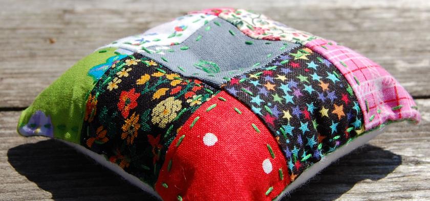 speldenkussen patchwork pincushion