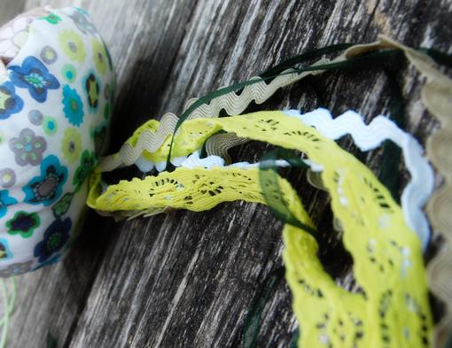 Studio Paars - fabric scrap jellyfish