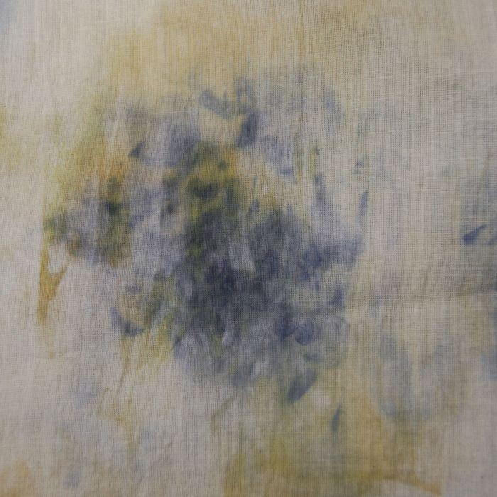 wisteria en bonen ecoprints door studio paars