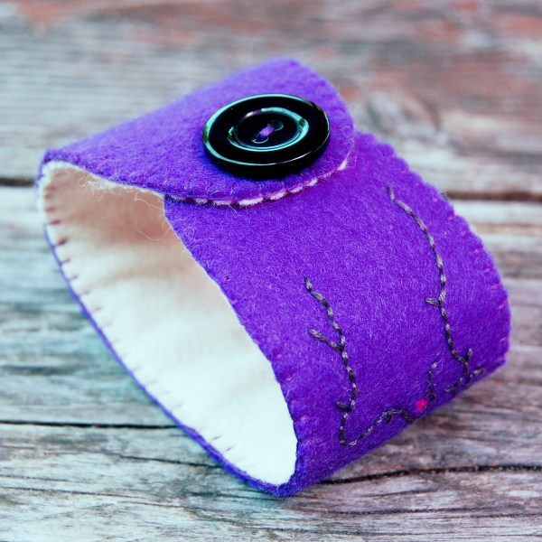 paarse cuff-armband door studio paars