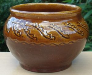 Leach Pottery earthenware bowl from the 1920s.