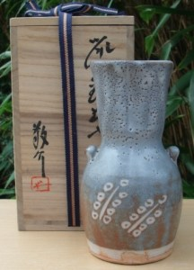 Kyosuke Fujiwara (b. 1939). What does a potter whose father and elder brother were both Bizen National Living Treasures do? He makes anything other than Bizen style pottery! This shino vase is 18.5 cm (7.3 inches) high. Price: £100