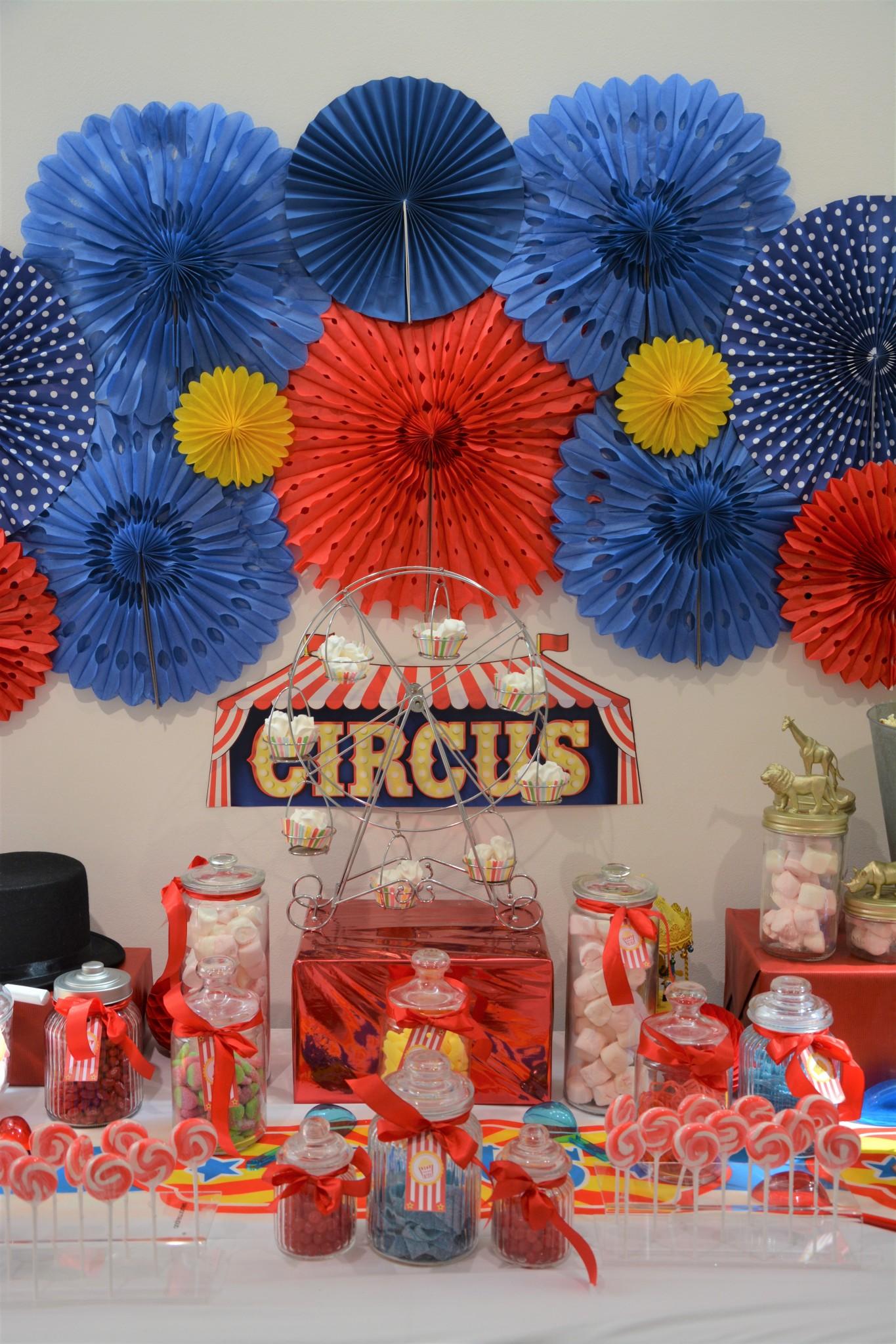 Candy Bar Circus Fte Foraine Pour Dulux Valentine