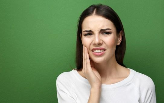 Sensibilità dentale: come prevenire ed eliminare fastidio e dolore