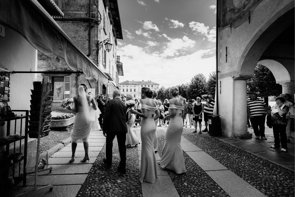 Bridal party going to the Church in Lake Orta, Italy. Photo by DTstudio, Lake Orta wedding photographer