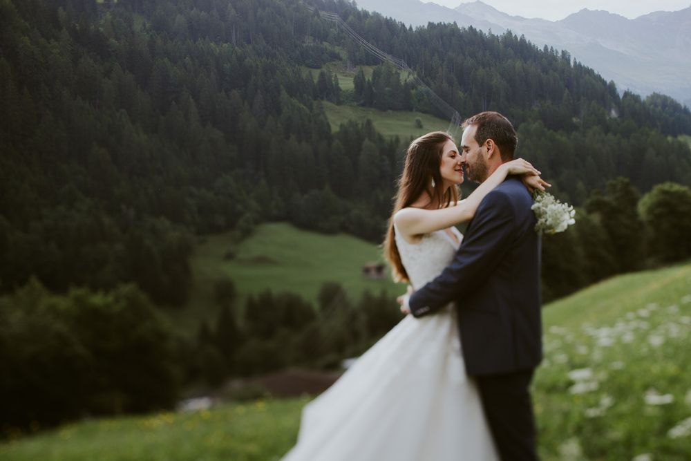 Wedding photo session in Swiss AlpsPhotography by DTstudio, Switzerland wedding photographer & videographer