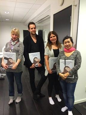 Fyra nyutbildade fransstylister redo för hempraktik!