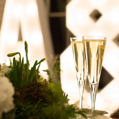 Italian Wedding Planner in London - two champagne flutes