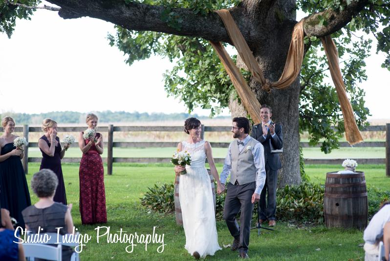 sugarland-barn-wedding-17