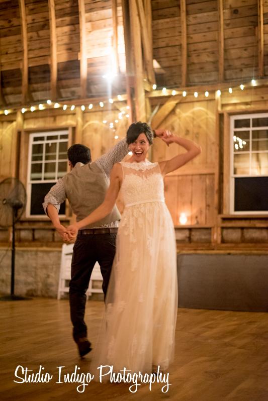 sugarland-barn-wedding-29