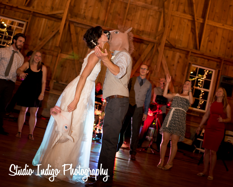 sugarland-barn-wedding-36