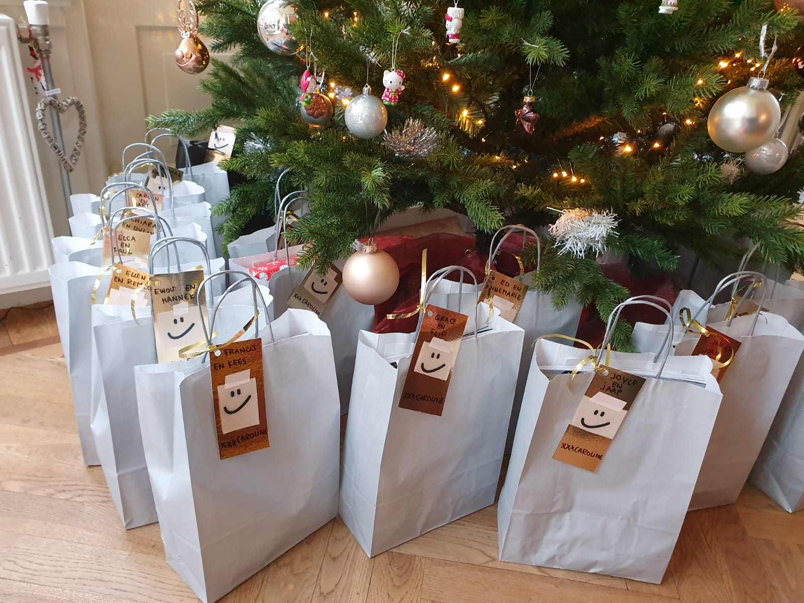 tags goodiebags