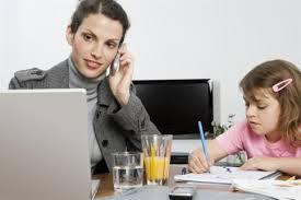 Voucher Inps per i servizi di baby sitting ed i contributi per l'asilo nido anche alle professioniste, alle imprenditrici ed alle lavoratrici autonome