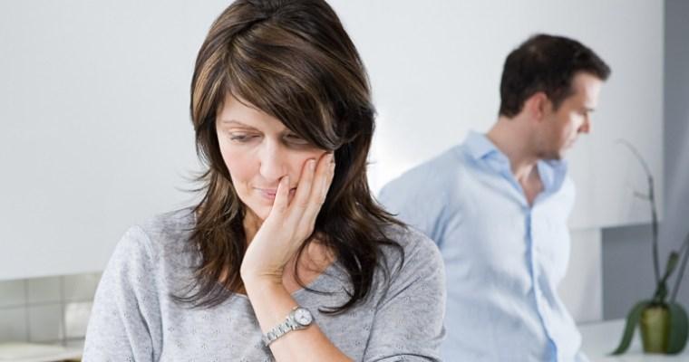 """Cos'è la gelosia retroattiva o """"sindrome di Rebecca""""?"""