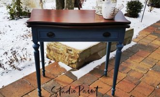 "Painted Games Table ""Lesley"""