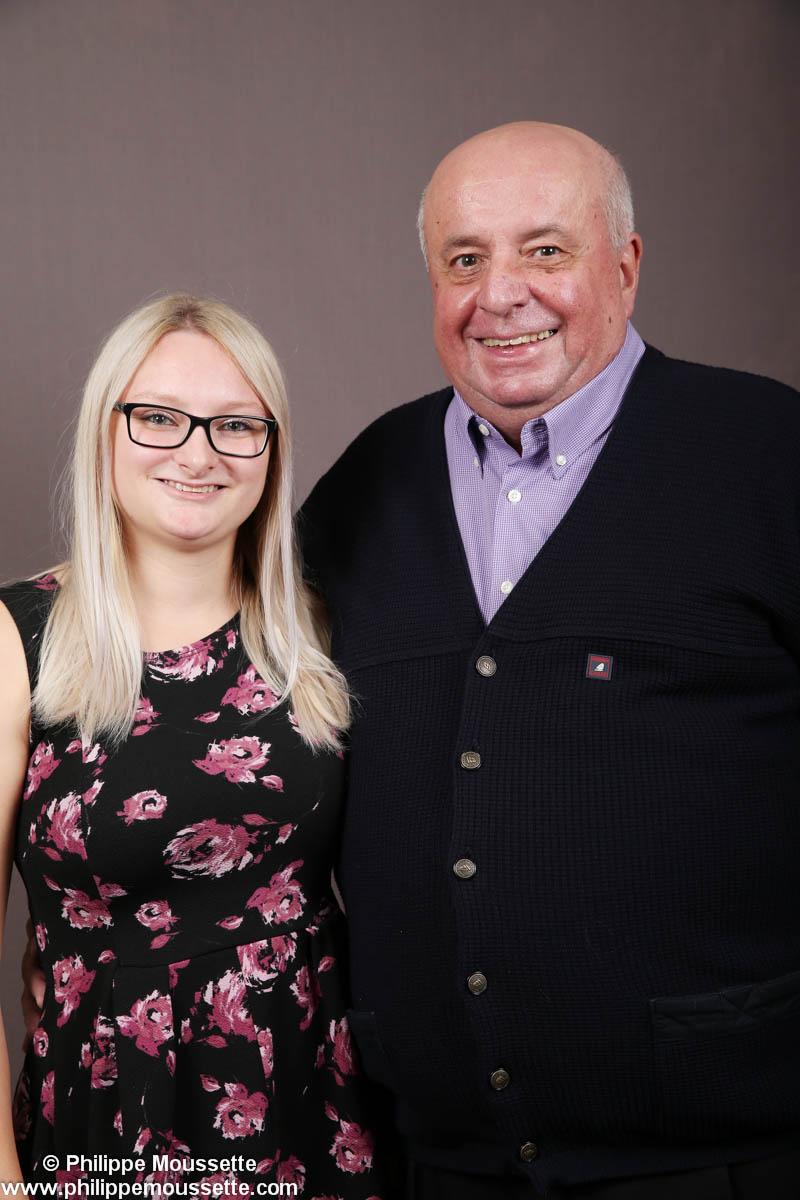 Grand-père avec sa petite-fille