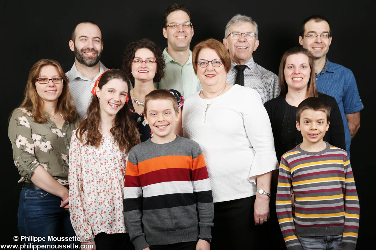 Famille de 11 personnes