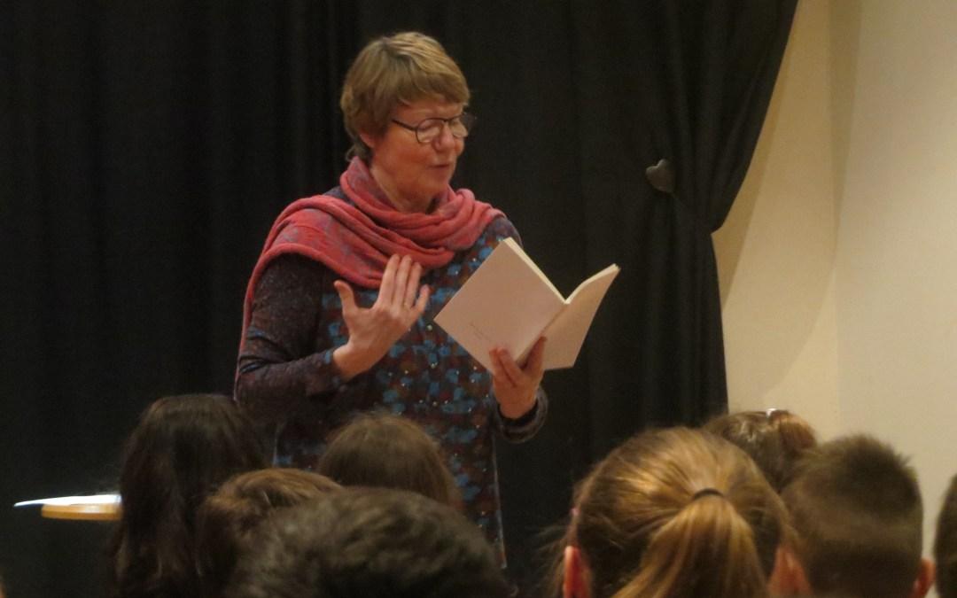 Des élèves ont interviewé Françoise Lison-Leroy, poète