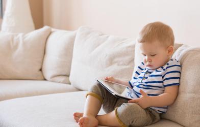 Toddler using ipad