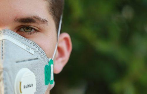 Coronavirus protection: Man wearing N95 mask