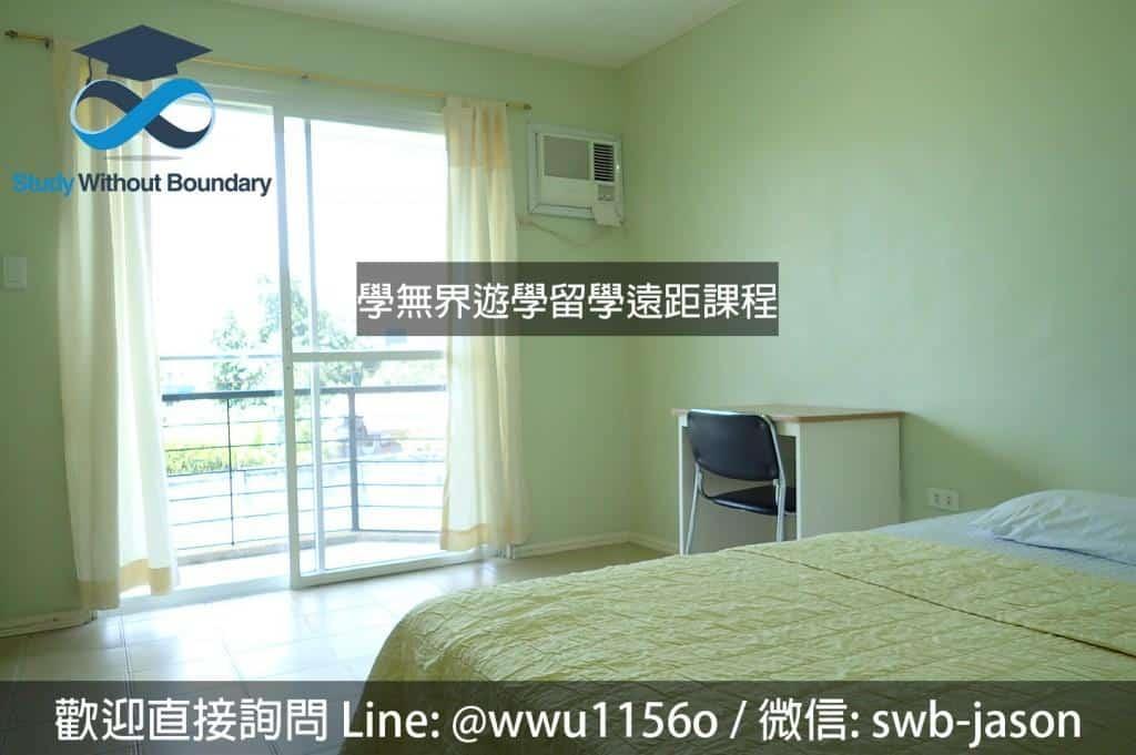 想看看這樣大小的房間要放三張床,單雙人房這樣的空間倒是剛剛好不浪費