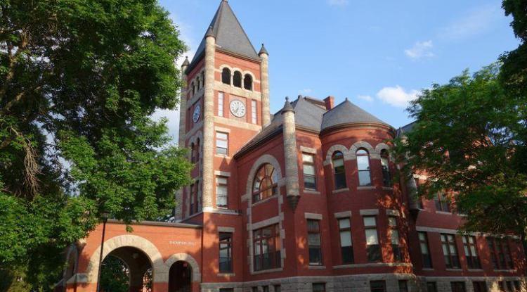 University of New Hampshire 新罕布夏大學