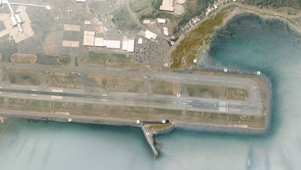 A proposal to extend Wellington Airport's runway by 354 metres has been a hot topic during public hearings over the city ...
