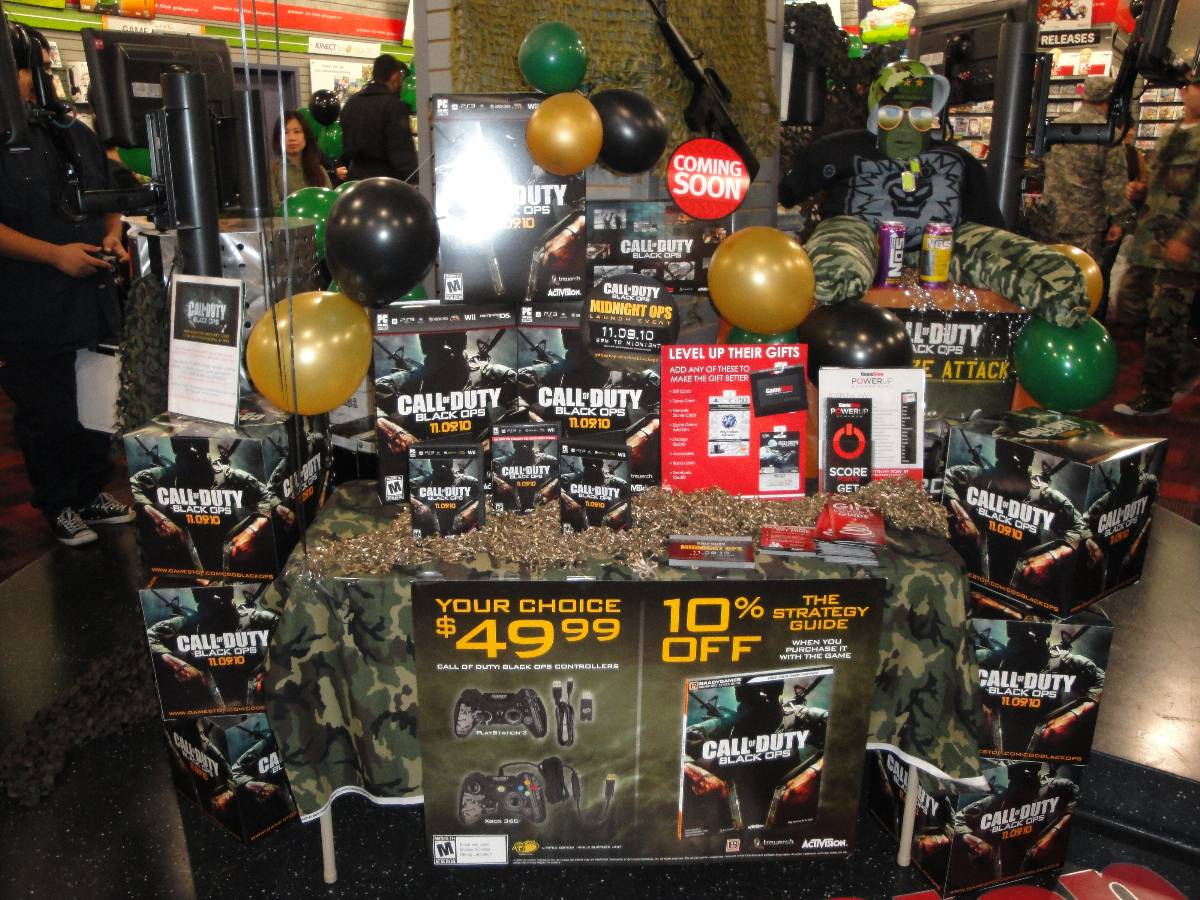 Call of Duty: Black Ops Midnight Launch