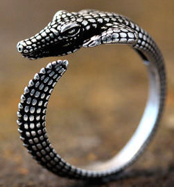 Alligator Ring